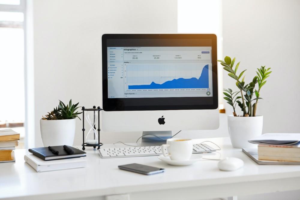 desk minimalism