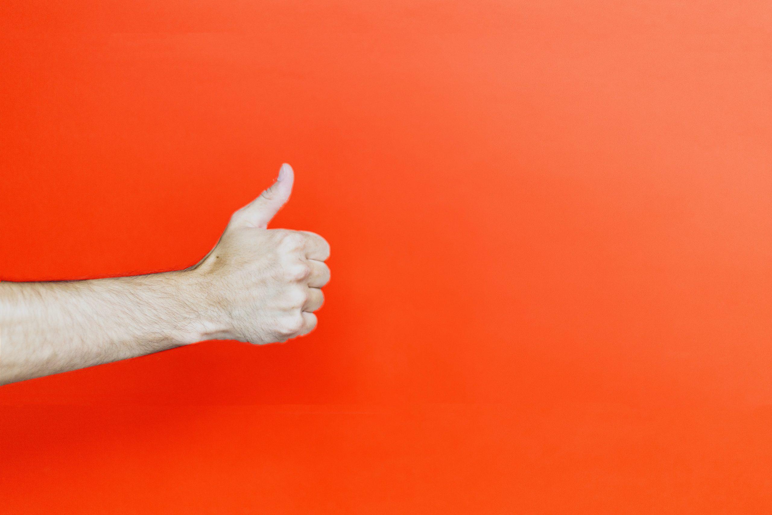 customer thumbs up
