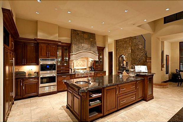 Top 10 most expensive rental homes in america the for Most popular kitchen designs