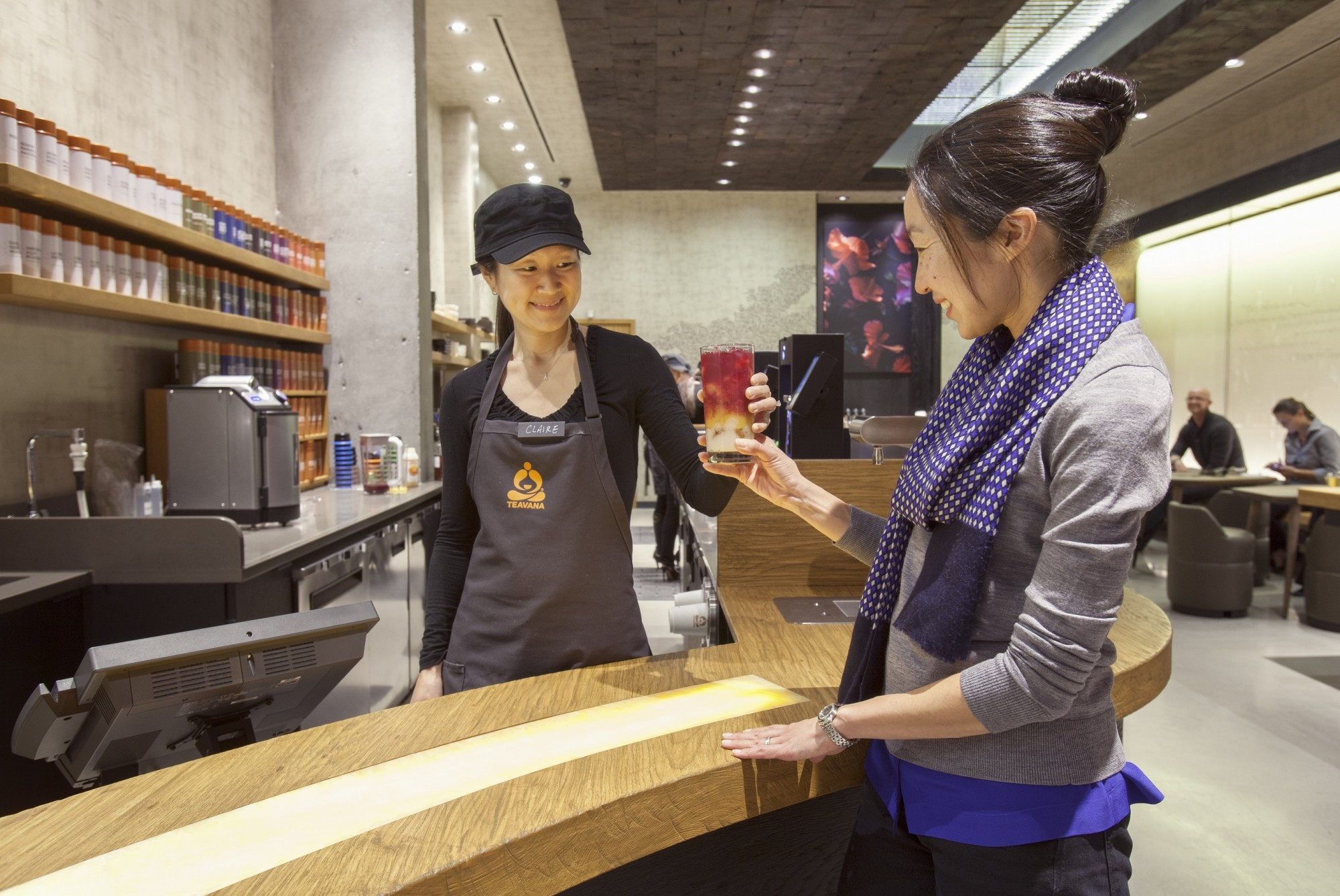 Teavana_Tea_Bar_Hand-off_1