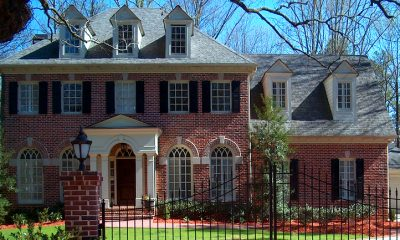 luxury foreclosure problems