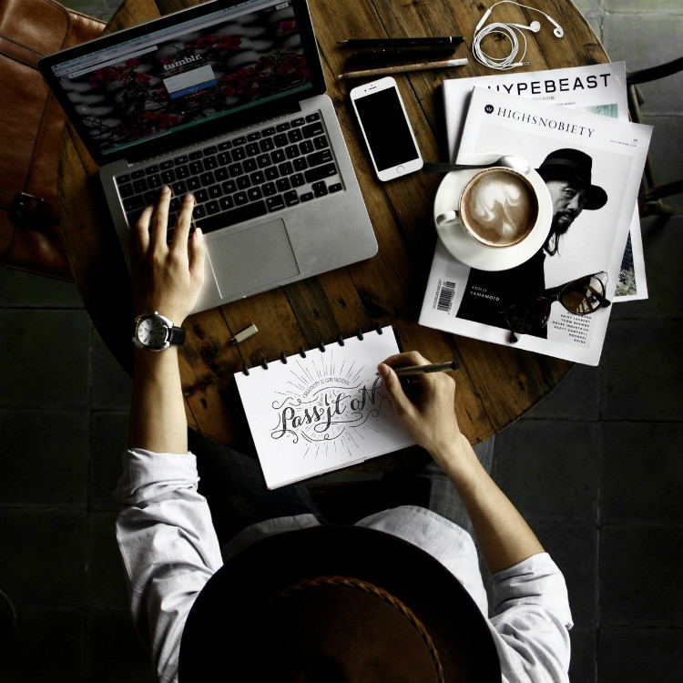 catch technology-declutter-desk- culture timing