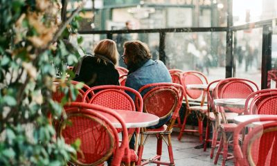 Outdoor eating at restaurants grows in popularity.